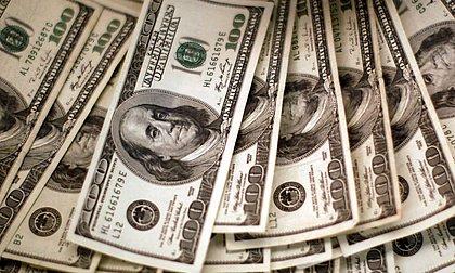 EUA vai oferecer 100 dólares para quem de vacinar contra covid e reforça estímulos