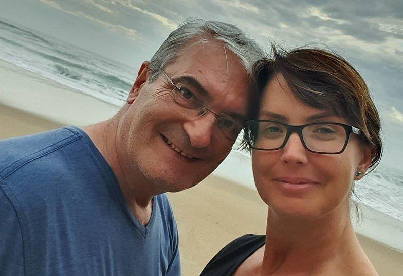 Morre aos 56 anos marido de Alessandra Scatena
