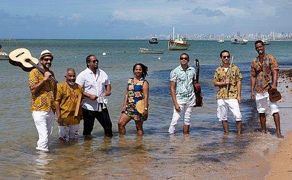 Grupo Botequim promete adiantar músicas inéditas, que vão compor próximo álbum