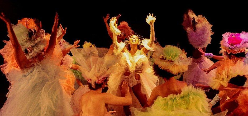 Sonho de uma Noite de Verão na Bahia é exibido no YouTube
