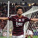 Willian Arão é um dos nomes do meio-campo do Flamengo na temporada