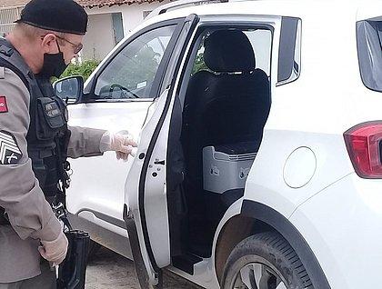 Enfermeira que levava 70 vacinas contra covid-19 tem carro roubado na Paraíba