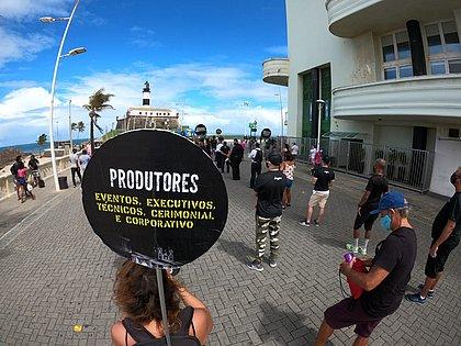 Manifestação teve participação de diversos segmentos da área de eventos: desde produtores até garçons e técnicos de som