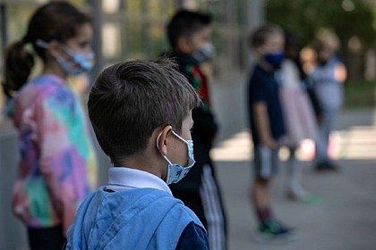 Crianças têm baixa taxa de transmissão da covid, diz estudo da Fiocruz