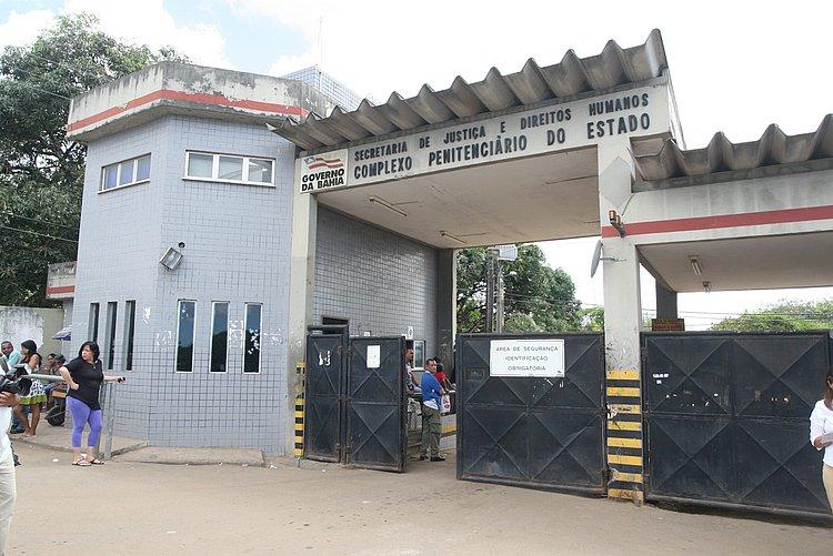 Seis internos ficam feridos durante revista na Cadeia Pública