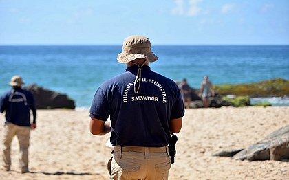 Guarda Municipal reforça fiscalização nas praias de Salvador durante a Semana Santa