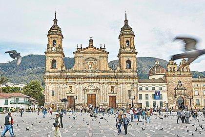 Conheça Bogotá, bom destino para badalar e comer bem