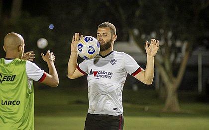 Zagueiro Marcelo Alves é uma das apostas do Vitória contra o Avaí