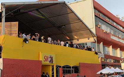 Confira as atrações do camarote gratuito que funcionará na Barra