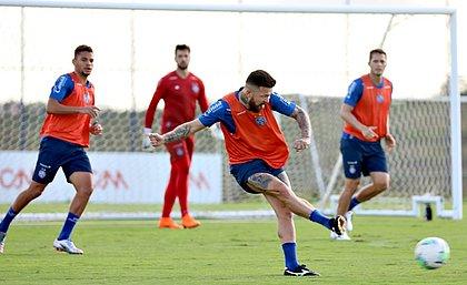 Esquadrão voltou aos treinos de olho na partida contra o Athletico-PR