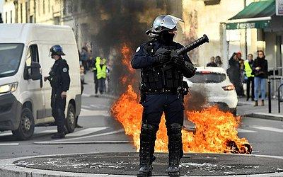 Manifestação contra as reformas educacionais propostas pelo governo francês em Bordeaux, sudoeste da França