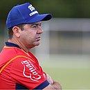 Enderson Moreira anda preocupado com a sequência de jogos do tricolor