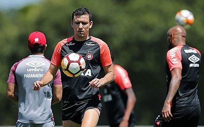 Pablo é dúvida para segundo jogo da final da Sul-Americana, nesta quarta (12)
