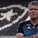 Paulo Autuori não resistiu ao revés contra o Bahia e foi desligado do Botafogo