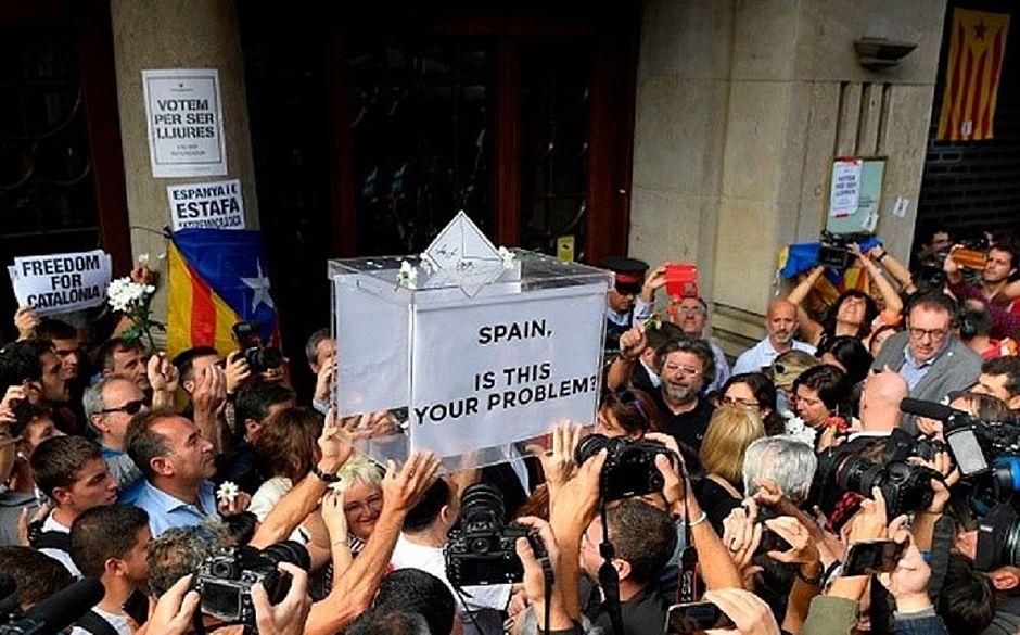 10 milhões de cédulas de votação de independência da Catalunha são apreendidas