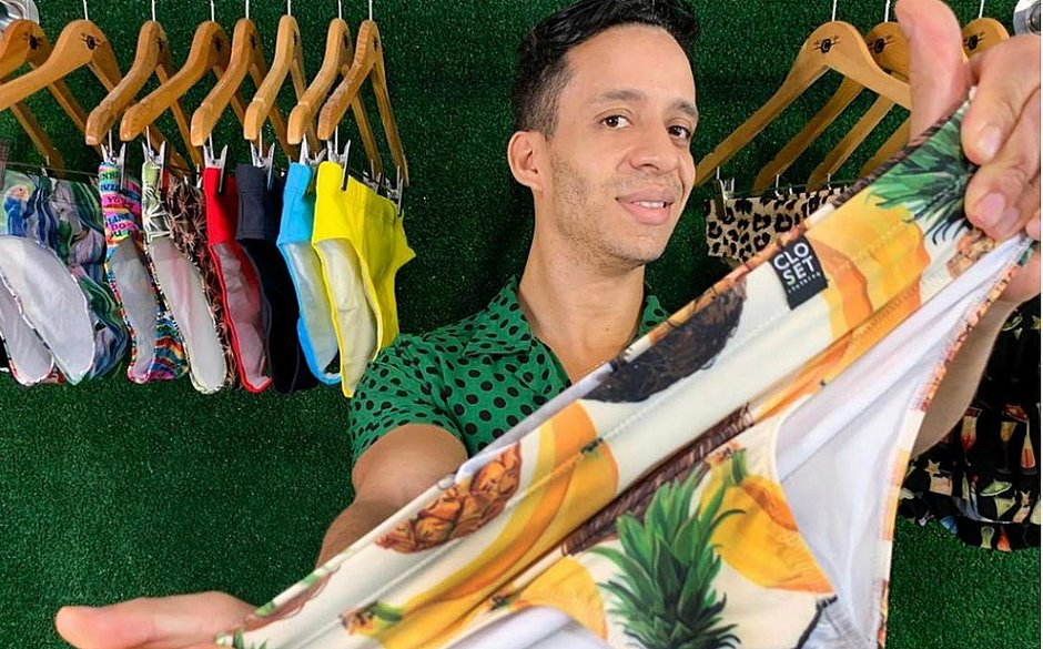 Paulo começou vendendo cuecas que trazia das viagens ao exterior, mas cresceu com roupas voltadas para o público gay