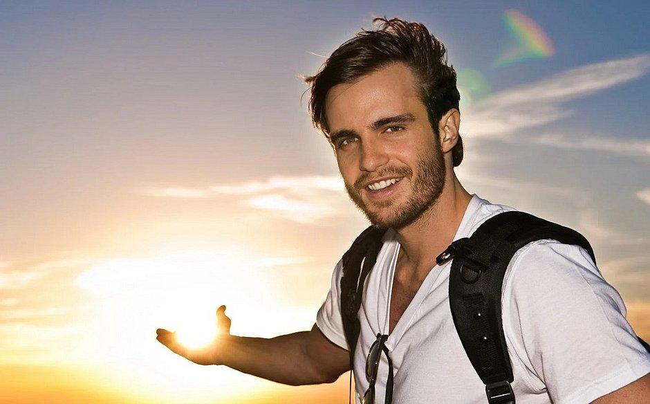 Ex-galã da Globo, Max Fercondini largou tudo para viajar pelo mundo
