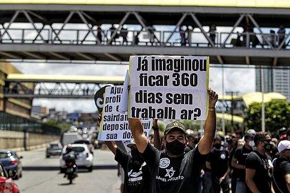 Profissionais de eventos fazem novo protesto pedindo diálogo com poder público