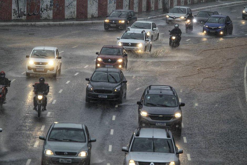 Codesal registra 44 solicitações por conta da chuva em Salvador