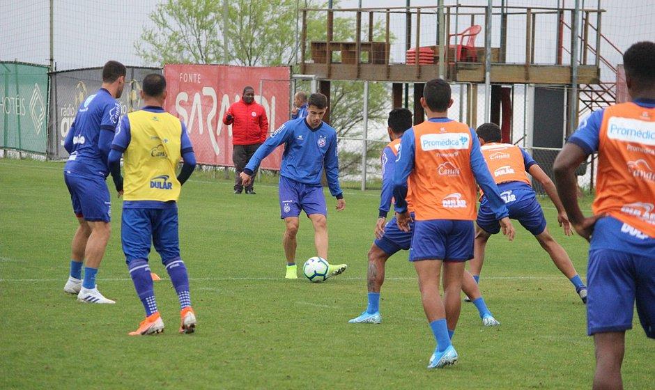 Tricolor treinou no CT do Inter de olho no confronto com o Grêmio