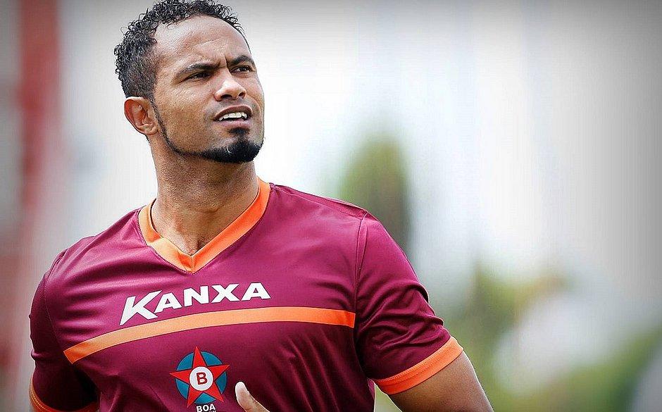 Torcedores criticam Poços de Caldas após acerto com goleiro Bruno