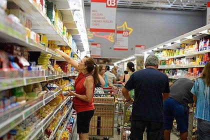 Anvisa prepara mudanças nos rótulos de alimentos