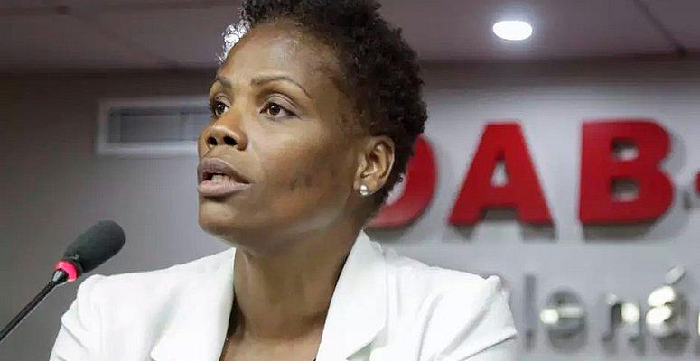 https://www.correio24horas.com.br/noticia/nid/comissao-inocenta-juiza-em-caso-de-advogada-algemada-no-rio/