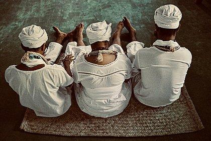 Livro de fotografia registra cotidiano de terreiros de candomblé