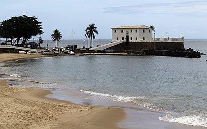 ACM Neto anuncia reabertura do Porto da Barra e libera praias aos sábados