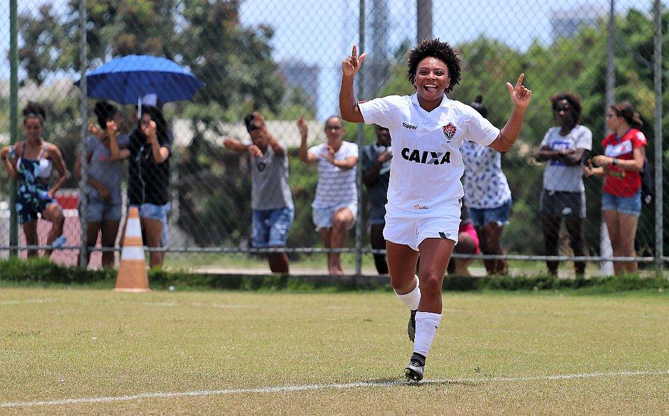 c52676e8ec Meninas do Vitória estão com 100% de aproveitamento (Maurícia da Matta   EC  Vitória)