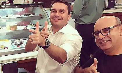 Gilmar suspende julgamento sobre foro de Flávio Bolsonaro marcado para dia 25