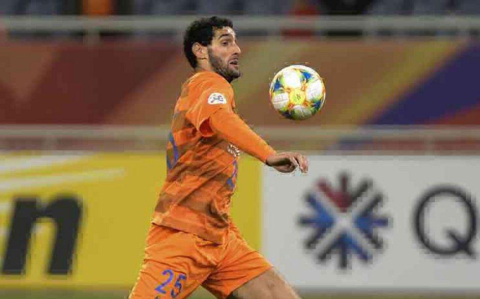 O belga Fellaini é o primeiro jogador da Superliga Chinesa a testar positivo para o novo coronavírus