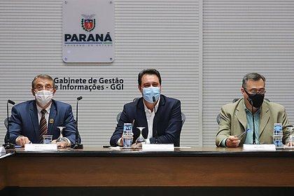 Paraná recebe estudo da Pfizer para vacinar 100% dos adolescentes