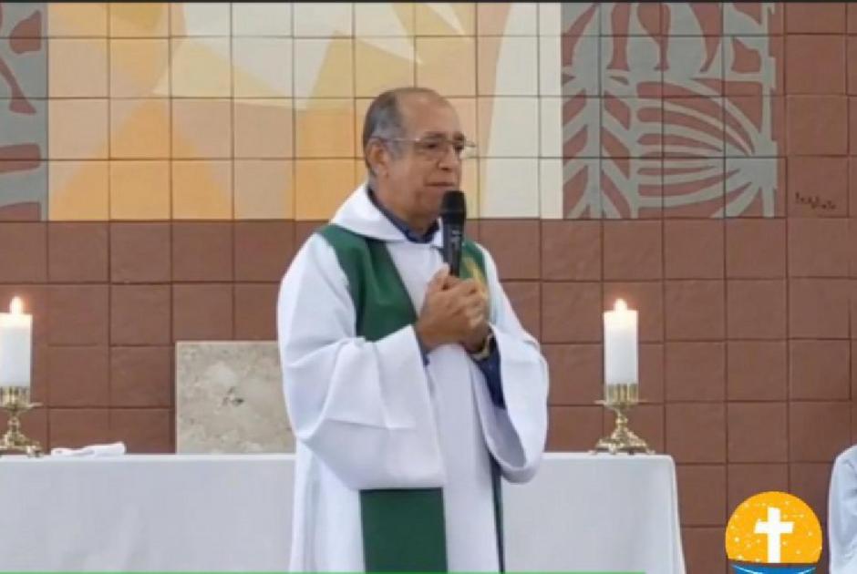 'Que morram antes da vacina chegar', diz padre sobre fiéis que não estão indo às missas
