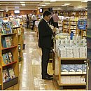 CORREIO visitou a livraria flutuante