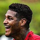 Rodrigo Andrade é opção de Geninho para o meio-campo do time principal