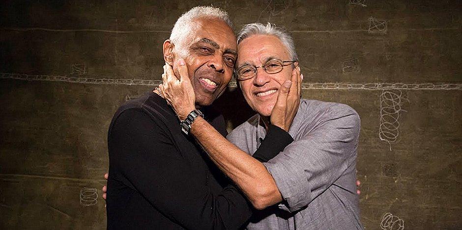 Celebrando 78 anos, Caetano recebe parabéns de Gil: 'Sempre amor e amizade'