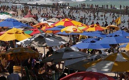 Cidade, no entanto, pode enfrentar aumento nos casos após registrar aglomerações no feriadão