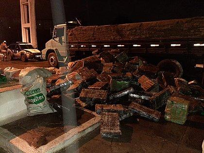 Polícia apreende carga de maconha avaliada em R$ 120 milhões