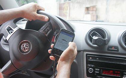 Câmara aprova projeto de lei que regulamenta Uber, Cabify e 99