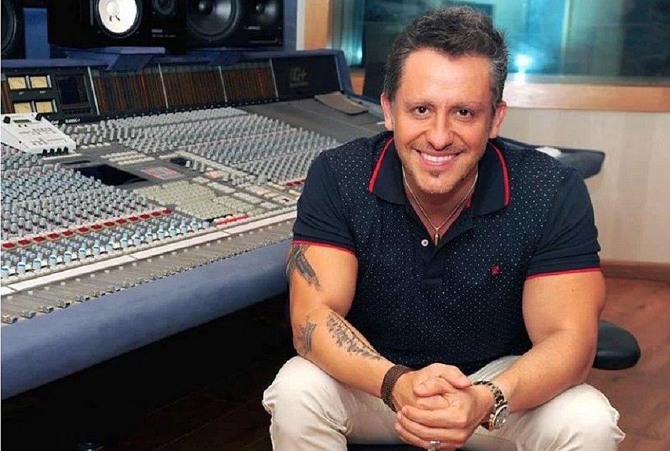 Joca Guanaes recebe o produtor musical Rick Bonadio na live Segundou