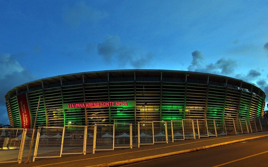 Estádio abraçou duas campanhas e vai realizar ação especial no próximo jogo