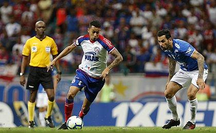 Roger valoriza empate do Bahia: 'Time cresceu após a expulsão'