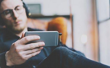 Consumidores passaram a utilizar os dados móveis para assistir vídeos, séries e filmes pelo celular