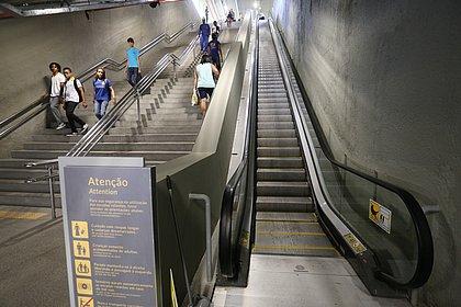 Escadas rolantes da Estação da Lapa serão desativadas neste domingo (2)