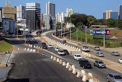 Tráfego passa por novas mudanças na Avenida ACM a partir deste sábado; veja