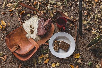 Carne de fumeiro é uma das tradições da culinária feirense