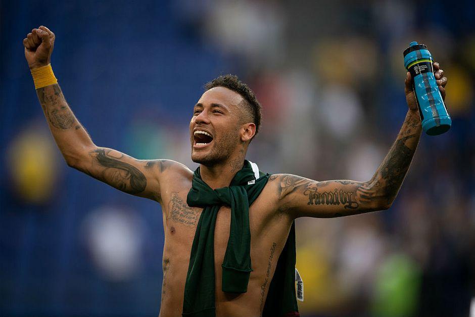 Neymar diz não se importar com críticas