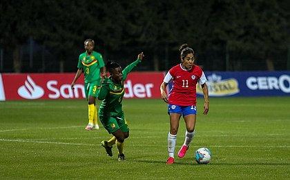 Depois de vencer na ida por 2x1, Chile empatou sem gols com Camarões e conquistou vaga