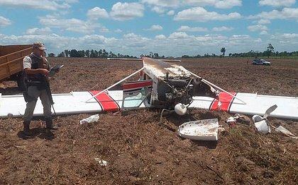 Avião pequeno faz pouso forçado no sul da Bahia e piloto foge